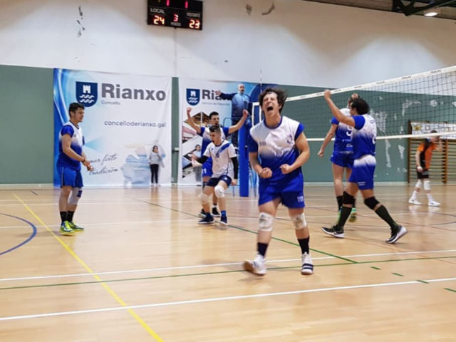 https://cvcalasancias.com/wp-content/uploads/2018/06/competicion-voley-masculino-640x480.jpg